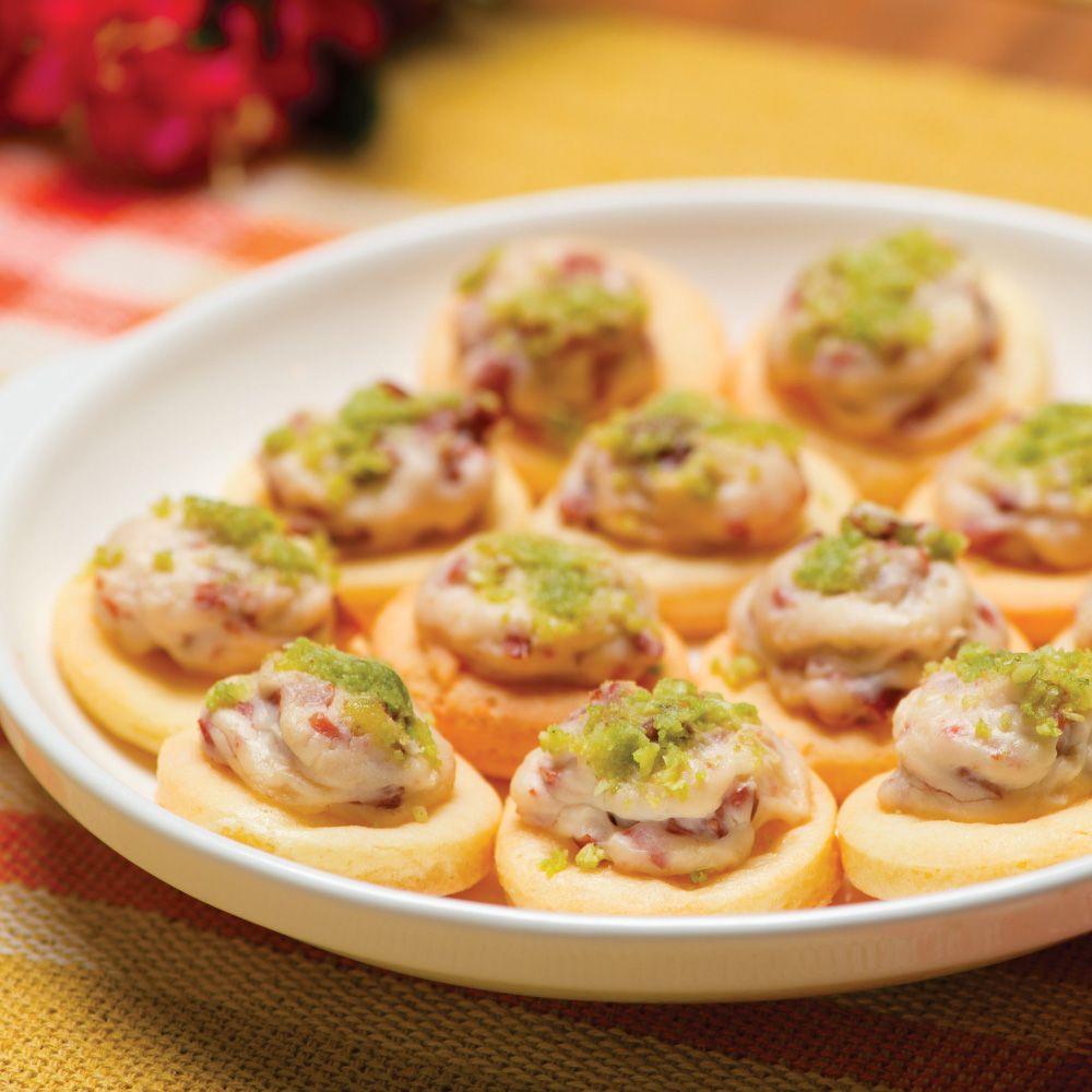 Canapés de Pão de Queijo com Linguiça 20 unidades